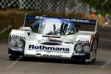 Murray Smith (GBR) drives the 1983 Porsche 956. Goodwood Festival of Speed, Goodwood, England, 25-27 June 2004. DIGITAL IMAGE
