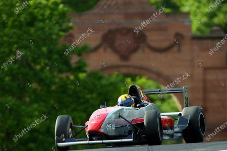John Byrne (GBR) Team JLR. British Formula Renault Championship, Rd4, Oulton Park, England, 22-23 May 2004. DIGITAL IMAGE