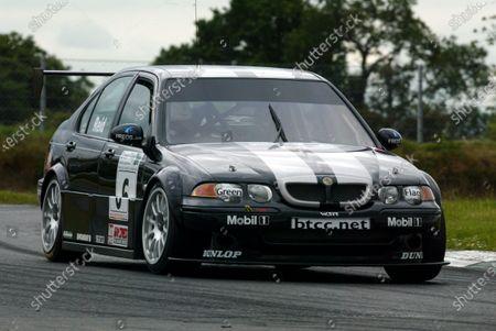 Anthony Read (GBR) British Touring Car Championship, Rounds 13/14/15 Mondello Park, Ireland.  June 12/13 2004. Digital Image