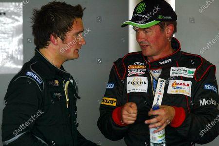 Anthony Read (GBR) talks to team mate Colin Turkington (GBR) British Touring Car Championship, Rounds 13/14/15 Mondello Park, Ireland.  June 12/13 2004. Digital Image