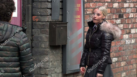 Coronation Street - Ep 10215 Wednesday 6th January 2021 - 1st Ep Simon Barlow, as played by Alex Bain, tries to calm a hysterical Kelly Neelan, as played by Millie Gibson, when he catches her trying to break into Gary's shop, wanting justice for her dad.