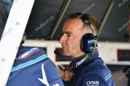 Paddy Lowe (GBR) Williams Shareholder and Technical Director on the Williams pit wall gantry