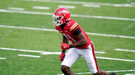 Maryland wide receiver Darryl Jones runs a route against Rutgers during the first half of an NCAA college football game, in College Park, Md