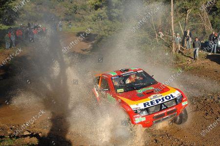 Luc Alphand (FRA) / Giles Picard (FRA) Mitsubishi Dakar Rally 2007, Spain - Dakar, 6-20 January 2007. Digital Image.