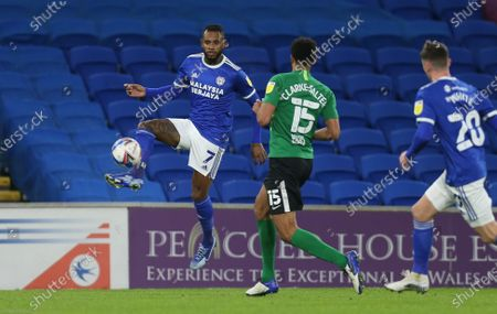 Leandro Bacuna of Cardiff City controls the ball