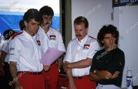 Alain Prost (FRA)far right,  with Lto R: Steve Nichols, Gordon Murray and Neil Oatley Formula One World Championship 1988.