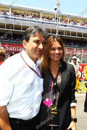Pasquale Lattuneddu (ITA) of the FOM with Alejandra Prat (ESP). Formula One World Championship, Rd 5, Spanish Grand Prix, Race, Barcelona, Spain, Sunday 22 May 2011.