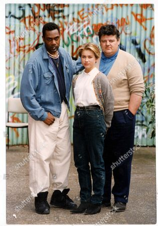 Television Programme 'alive And Kicking' 1991 Lenny Henry And Robbie Coltrane Star In A Feature Length Film About Violence And Drug-cultures. Pictured Also Is Imogen Boorman. Picture Desk ** Pkt6090-448035
