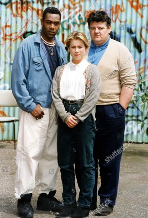 Television Programme'alive And Kicking' 1991 Lenny Henry And Robbie Coltrane Star In A Feature Length Film About Violence And Drug-cultures. Pictured Also Is Imogen Boorman.