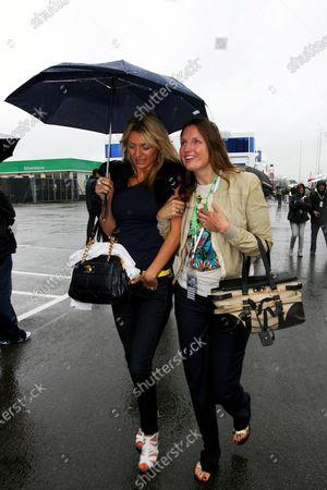 Tess Daley (GBR) (left)  Formula One World Championship, Rd 9, British Grand Prix, Race Day, Silverstone, England, Sunday 6 July 2008.