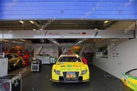 16.09.2011, Oschersleben, Germany - Martin Tomczyk (GER), Audi Sport Team Phoenix, Schaeffler Audi A4 DTM (2008), pit - DTM 2011 - Deutsche Tourenwagen Masters at Oschersleben - Photo: Michael Schaefer/RACE-PRESS.com