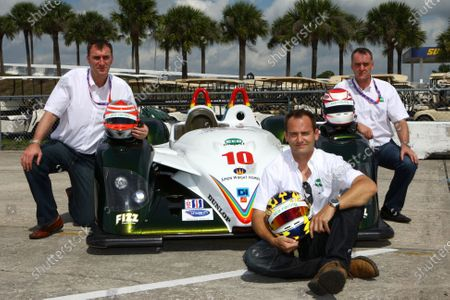 L-R: Simon Wright (GBR), Ben Collins (GBR) and Harri Toivonen (FIN) with the ECO Racing Radical SR10 bio-diesel. American Le Mans Series, Rd1, Sebring 12 Hours, Sebring, USA, 15 March 2008.