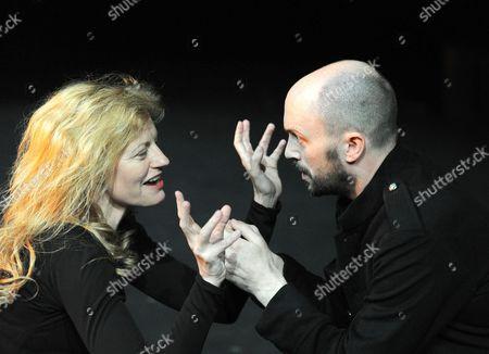 'Macbeth' - Anastasia Hille (Lady Macbeth) and Will Keen (Macbeth)