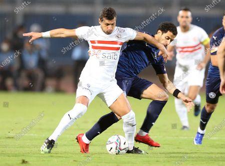 Zamalek player Tarek Hamed (L) in action against Pyramids  player Omar Gaber (R) during the Egyptian Premier League soccer match Pyramids vs Zamalek in Cairo, Egypt, 17 December 2020.