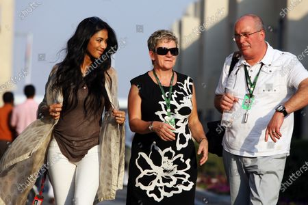 Stock Photo of (L to R): Nicole Scherzinger (USA) Pussycat Dolls singer with Carmen Lockhart (GBR), mother of Lewis Hamilton (GBR) McLaren. Formula One World Championship, Rd 19, Abu Dhabi Grand Prix, Qualifying Day, Yas Marina Circuit, Abu Dhabi, UAE, Saturday 13 November 2010.