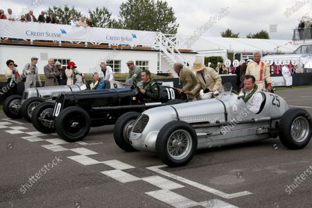 (L to R): David Morris (GBR) ERA B-Type R11B, Paddins Dowling, ERA B-Type R10B and Calum Lockie (GBR) Maserati 6M. Goodwood Revival, Goodwood, West Sussex, England, 13-15 September 2013.