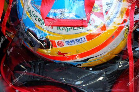 A star in tribute to Maria de Villota (ESP) on the helmet of Fernando Alonso (ESP) Ferrari. Formula One World Championship, Rd15, Japanese Grand Prix, Race Day, Suzuka, Japan, Sunday 13 October 2013.