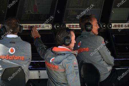 Sam Michael (AUS) McLaren Sporting Director and Martin Whitmarsh (GBR) McLaren Chief Executive Officer. Formula One World Championship, Rd18, United States Grand Prix, Practice, Austin, Texas, USA, Friday 15 November 2013.
