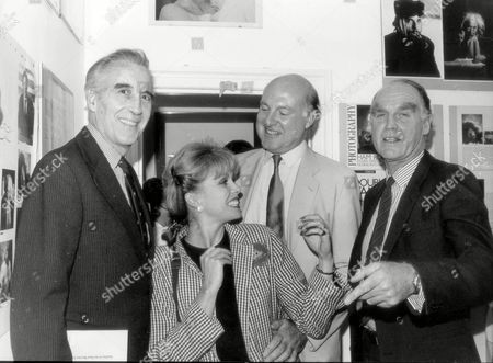Joanna Lumley With Three Very Tall Men Christopher Lee (left) Gordon Honeycombe And Major Ronald Ferguson (dead 17/03/2003) 1987.