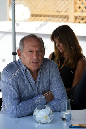 (L to R): Kevin Magnussen (DEN) McLaren and Ron Dennis (GBR) McLaren Executive Chairman. Formula One World Championship, Rd7, Canadian Grand Prix, Qualifying, Montreal, Canada, Saturday 7 June 2014.