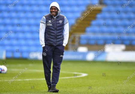 Bright Osayi-Samuel of QPR inspects the pitch ahead of kick off