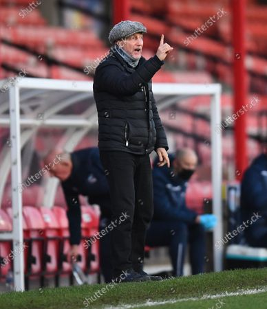 Ian Holloway manager of Grimsby Town on the touchline