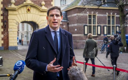 Minister Wopke Hoekstra (CDA arrives at the Binnenhof prior to the weekly Council of Ministers in The Hague, The Netherlands, 18 December 2020.