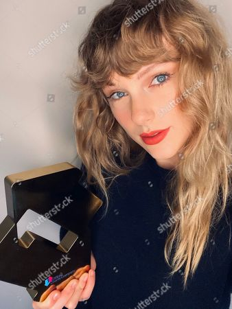 Taylor Swift scores her second Number 1 of 2020 on the Official Albums Chart with Evermore