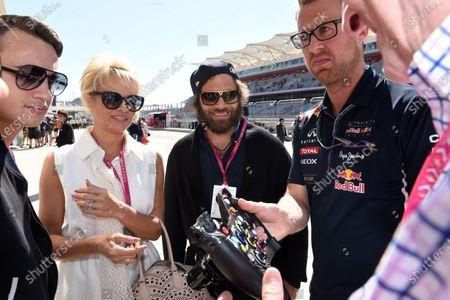 Stock Photo of Pamela Anderson (USA) Actress and husband Rick Salomon (USA). Formula One World Championship, Rd17, United States Grand Prix, Qualifying, Austin, Texas, USA, Saturday 1 November 2014.
