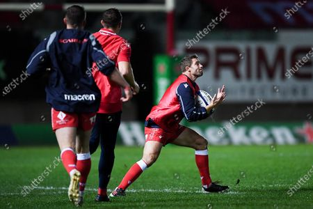 Scarlets vs Toulon. Scarlets' Leigh Halfpenny while Scarlets players take part in a training session after the news of their Champions Cup clash with RC Toulon being cancelled shortly before kick off