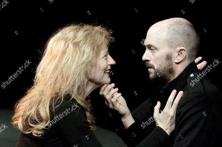 'Macbeth' - Anastasia Hille (Lady Macbeth), Will Keen (Macbeth)