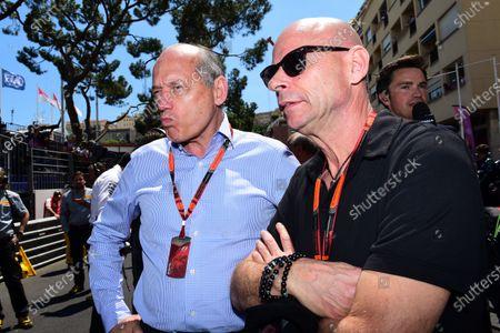 Ron Dennis (GBR) McLaren Executive Chairman and Guy Laliberte (CDN) Cirque de Soleil on the grid at Formula One World Championship, Rd6, Monaco Grand Prix Race, Monte-Carlo, Monaco, Sunday 24 May 2015.