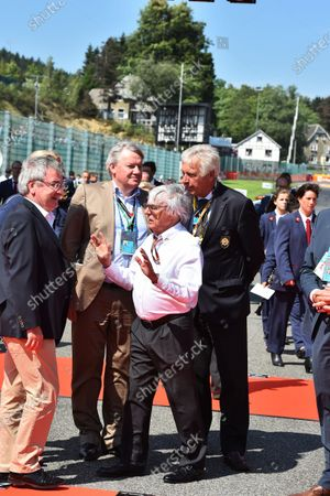 Bernie Ecclestone (GBR) CEO Formula One Group (FOM) and Rene Collin (BEL) Minister of Sports and Sports Facilities on the grid at Formula One World Championship, Rd11, Belgian Grand Prix, Race, Spa Francorchamps, Belgium, Sunday 23 August 2015.