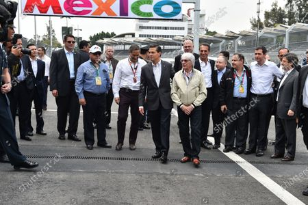 Alejandro Soberon (MEX) President and CEO for CIE Group and President of Formula 1 Gran Premio de Mexico, Enrique Pena Nieto (MEX) Mexican President, Bernie Ecclestone (GBR) CEO Formula One Group (FOM), Carlos Slim jr (MEX), Jean Todt (FRA) FIA President and Federico Gonzalez (MEX) General Director of Formula 1 Gran Premio de Mexico at Formula One World Championship, Rd17, Mexican Grand Prix, Preparations, Circuit Hermanos Rodriguez, Mexico City, Mexico, Thursday 29 October 2015.