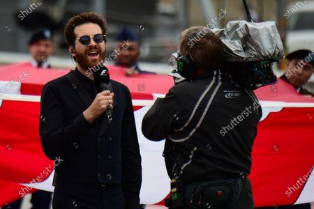 Mayer Hawthorne (USA) Singer on the grid at Formula One World Championship, Rd16, United States  Grand Prix, Race, Austin, Texas, USA, Sunday 25 October 2015.