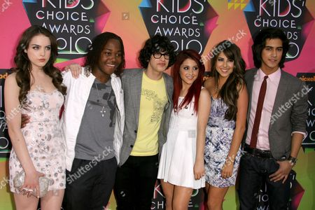 Cast of 'Victorious' - Elizabeth Gillies, Leon Thomas, Matt Bennett, Ariana Grande, Daniella Monet and Avan Jogia