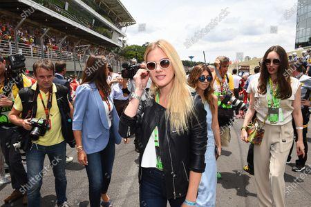 Fiorella Mattheis (BRA) Actress on the grid at Formula One World Championship, Rd18, Brazilian Grand Prix, Race, Interlagos, Sao Paulo, Brazil, Sunday 15 November 2015.
