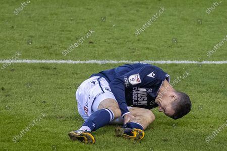 Shaun Williams #6 of Millwall injured