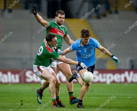 Dublin vs Mayo. Dublin's Michael Fitzsimons with Matthew Ruane and Aidan O'Shea of Mayo