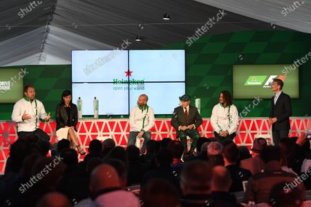 Scott Quinnell (GBR) Former Rugby Player and HeinekenAmbassador, Stephanie Sigman (MEX) Actress and HeinekenAmbassador, Gianluca Di Tondo (ITA) Senior Director Global Heineken Brand, Jackie Stewart (GBR), Carles Puyol (ESP) Former Football Player and HeinekenAmbassador and David Coulthard (GBR) Channel Four TV Commentator and HeinekenAmbassador at Heineken announces global partnership with Formula One Management press call at Formula One World Championship, Rd7, Canadian Grand Prix, Preparations, Montreal, Canada, Thursday 9 June 2016.