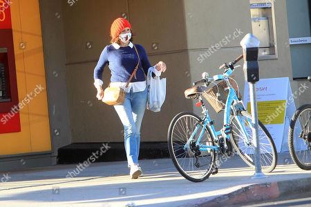 Molly Shannon seen leaving the Wells Fargo ATM