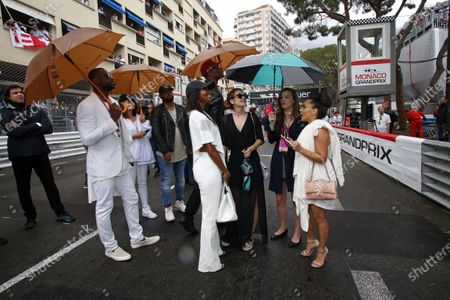 Barbara Palvin (HUN) Model and Actress and Chris Bosh (USA) Basketball Player with his wife Adrienne Williams Bosh (USA) on the grid at Formula One World Championship, Rd6, Monaco Grand Prix, Race, Monte-Carlo, Monaco, Sunday 29 May 2016.