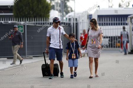 Felipe Massa (BRA) Williams with his wife Rafaela Bassi (BRA) and son Felipinho Massa (BRA) at Formula One World Championship, Rd14, Italian Grand Prix, Race, Monza, Italy, Sunday 4 September 2016.
