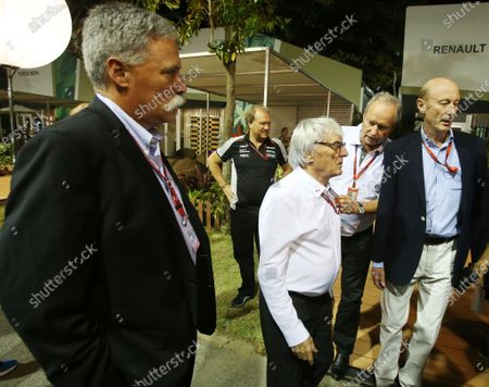 Bernie Ecclestone (GBR) CEO Formula One Group (FOM) and Chase Carey (USA) Vice Chairman of 21st Century Fox Media and Chairman of the Formula One Group with Donald Mackenzie (GBR) CVC Capital Partners Managing Partner - Co Head of Global Investments at Formula One World Championship, Rd15, Singapore Grand Prix, Practice, Marina Bay Street Circuit, Singapore, Friday 16 September 2016.