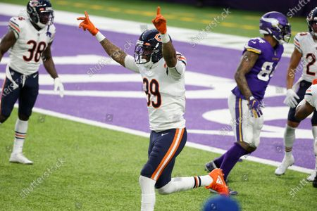 Chicago Bears safety Eddie Jackson (39) celebrates at the end of an NFL football game against the Minnesota Vikings, in Minneapolis. The Bears won 33-27