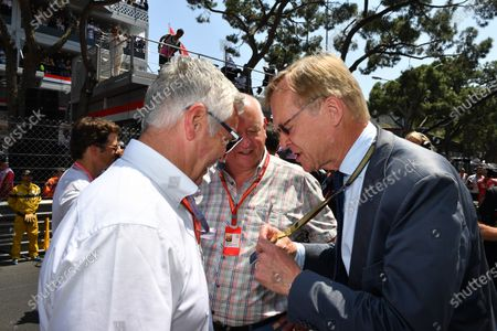 Derek Warwick (GBR) FIA Steward, Dieter Rencken (GER) Journalist and Ari Vatanen (FIN) on the grid at Formula One World Championship, Rd6, Monaco Grand Prix, Race, Monte-Carlo, Monaco, Sunday 28 May 2017.
