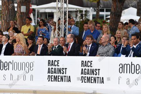 Jackie Stewart (GBR), HSH Prince Albert of Monaco (MON), Paul Stewart (GBR) and Adrian Newey (GBR) Red Bull Racing at Amber Lounge Fasion Show, Le Meridien Beach Plaza Hotel, Monaco, Friday 25 May 2018.