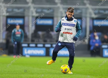 Dries Mertens of SSC Napoli warms up before the Serie A 2020/21 football match between FC Internazionale and SSC Napoli at San Siro Stadium in Milan. ( Final score; FC Internazionale 1:0 SSC Napoli)