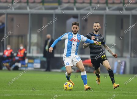 Dries Mertens of SSC Napoli seen in action during the Serie A 2020/21 football match between FC Internazionale and SSC Napoli at San Siro Stadium in Milan. ( Final score; FC Internazionale 1:0 SSC Napoli)