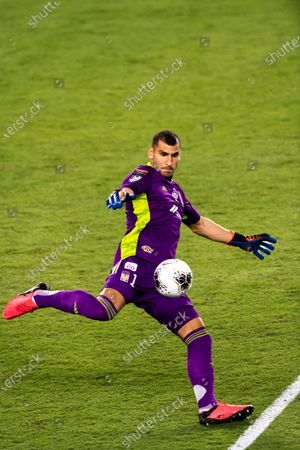 Goalkeeper Nahuel Guzman of Tigres UANL (MEX) in action against CD Olimpia (HON)